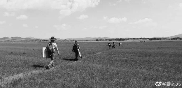 离开家乡的年轻人,用照片记录时代泡沫插图(80)