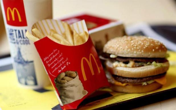 McDonald's recomenda que seus funcionários evitem o consumo de fast food