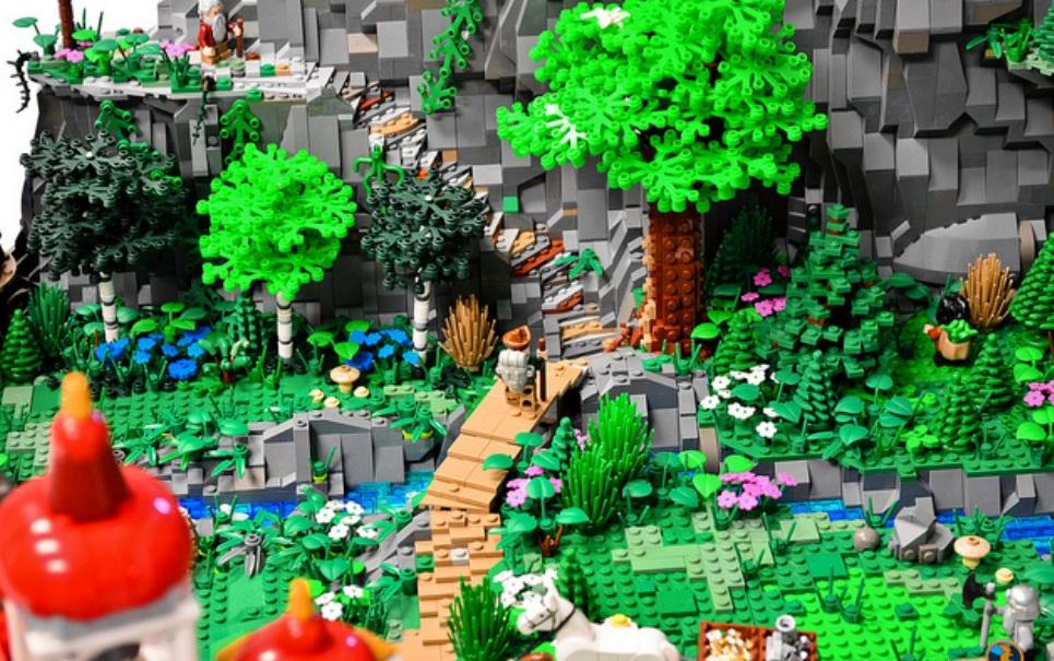 """Fãs de """"O Hobbit"""" recriam Erebor com 80 mil peças de LEGO"""