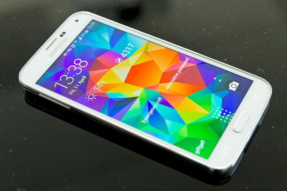 Galaxy E7: Foto de Benchmark confirma suas configurações