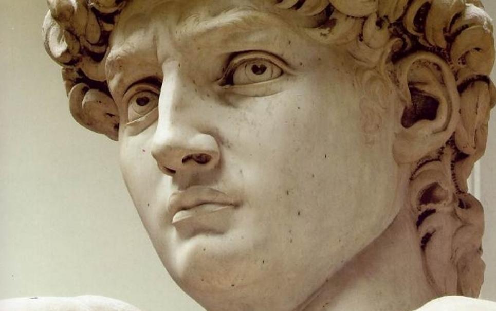 Japonês gasta US$ 150 mil para se parecer com Davi, de Michelangelo