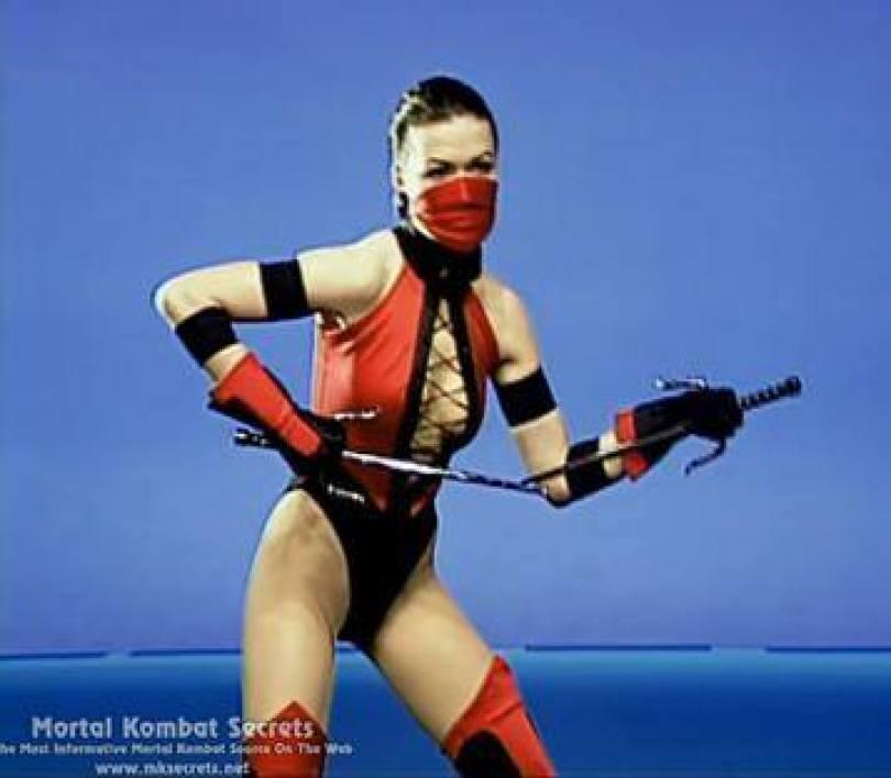 22171832994562 - Você gostaria de conhecer os personagens reais do Mortal Kombat dos games?