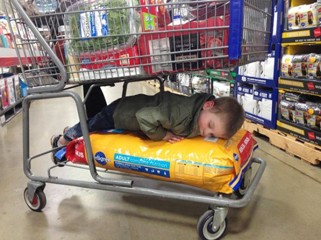 criança dormindo