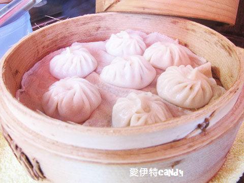 『屏東小琉球_小琉球明山樓手工湯包店』讓你吃的養生不上火的小湯包~