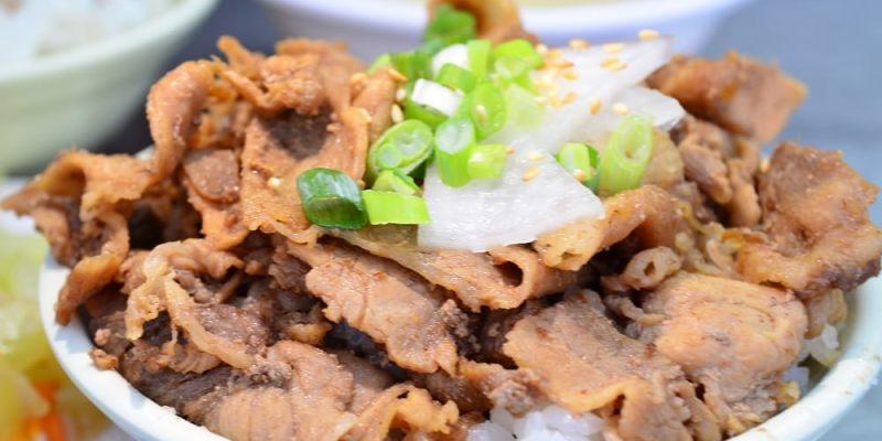 鹿港美食_東石 李 燒肉飯│鹿港廟旁隱藏在地小吃,炭烤燒肉飯是熱銷必點!
