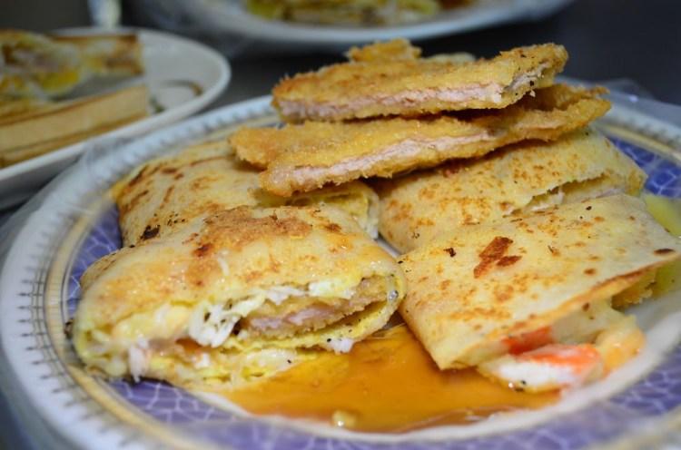 嘉義美食_新生早點│嘉義火車站附近知名早餐,峰炸蛋餅份量十足!