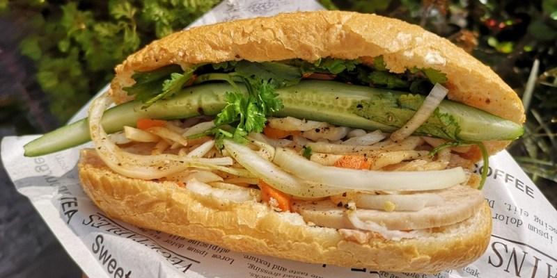 胡明理越南美食 │和美美食,和美市場美食,配料豐富。