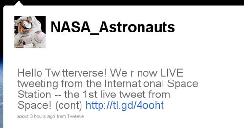 NASA Astronaut Sends First Real Tweet From Space