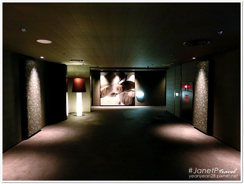 Crosshotel15.JPG