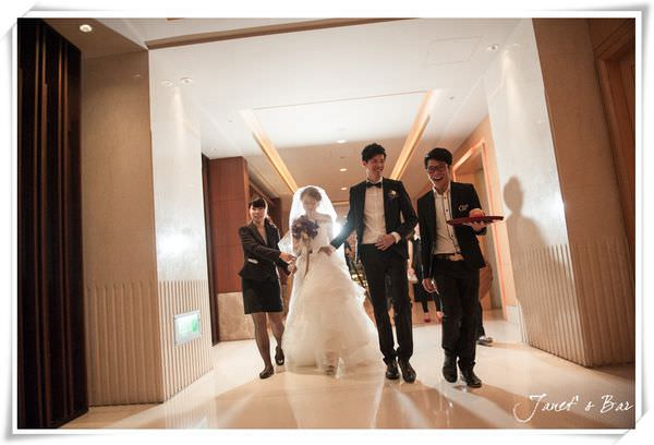 J&J Wedding ‧ 婚禮顧問 DH Wedding讓我享受當新娘的過程