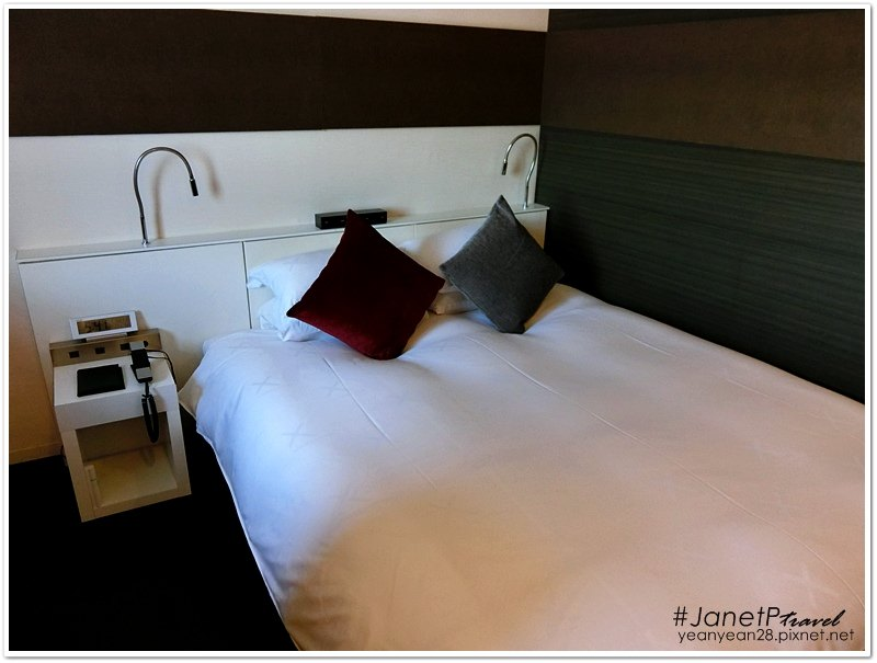 Crosshotel8.JPG