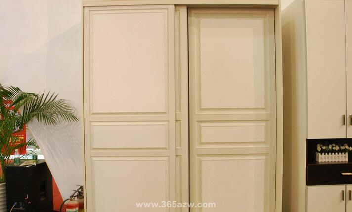 衣櫃門板材質有哪些 衣櫃門板材質哪種好 - 愛我窩