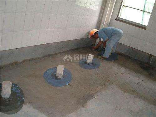 做完防水多久可以貼磚 防水施工後瓷磚貼不牢如何處理 - 愛我窩