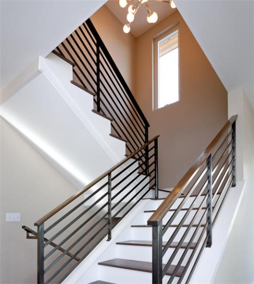 樓梯欄桿的材質有哪些 樓梯欄桿哪種材質好 - 愛我窩