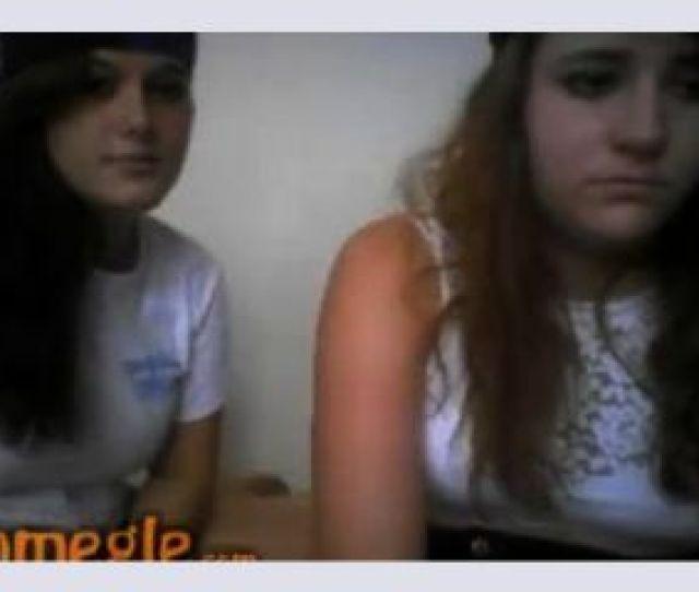 Omegle Chicas Juegan A Ser Lesbianas