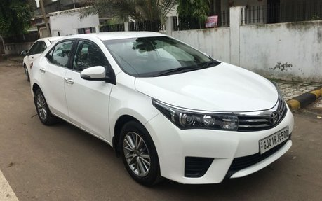 new corolla altis on road price grand avanza veloz 1.3 toyota manufactured in 2015 best prices for sale at low