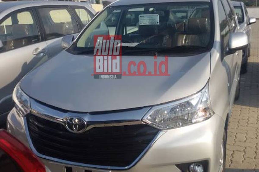 oli grand new veloz all camry type v 2015 toyota avanza arrives at dealerships indonesia