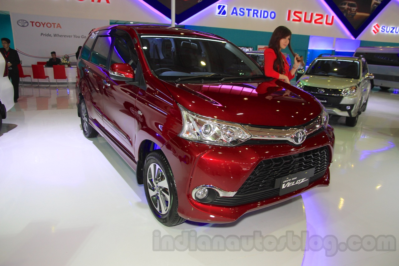 grand new avanza serayamotor autonetmagz toyota veloz front quarter at the 2015 iims