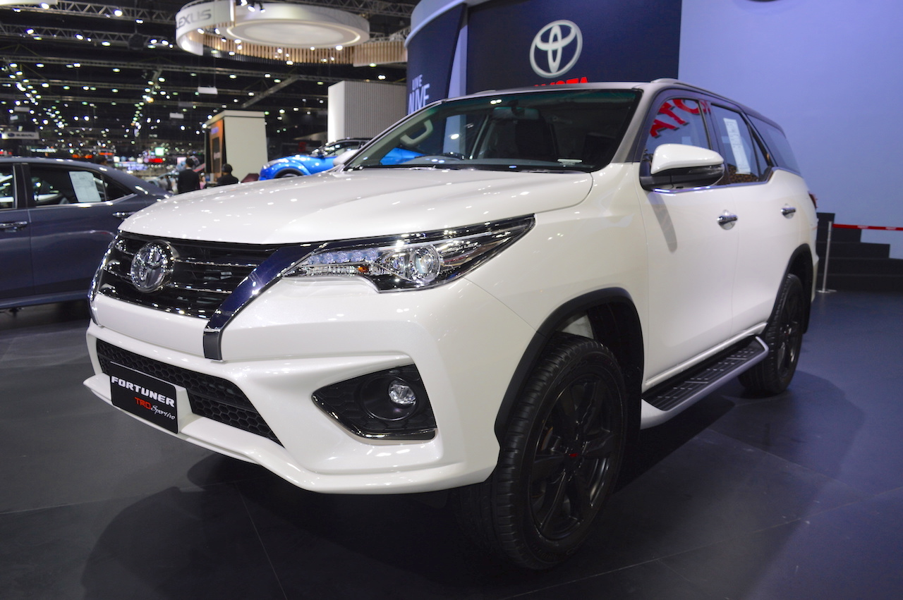 new agya trd sportivo 2017 cover jok grand avanza toyota fortuner at thai motor expo live