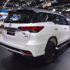 New Agya Trd Sportivo 2017 Harga Grand Avanza Tahun 2016 Toyota Fortuner At Thai Motor Expo Live