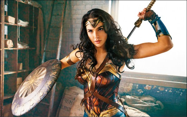 為什麼《神力女超人》那麼強?看完電影你一定要懂的英雄內幕大揭密 - 我們用電影寫日記 - 冒牌生:寫作 ...