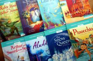 地表最強雙發音世界名著讀本-續篇|Usborne English Readers Level 2:皮諾丘,木馬屠城記