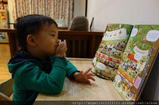 同大爺書報●Usborne Lots of Rabbits to Spot●讓小孩非常忙碌的一本找找書