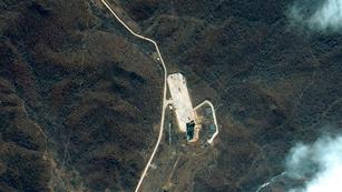 Ver vídeo  'Corea del Norte fracasa en el lanzamiento de su polémico cohete'
