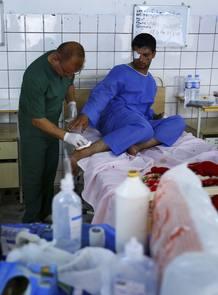 Un herido en un ataque en Mosul es atendido en un hospital de Erbil.
