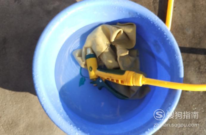 分享洗車的正確步驟。怎樣自己在家洗車? - IT145.com