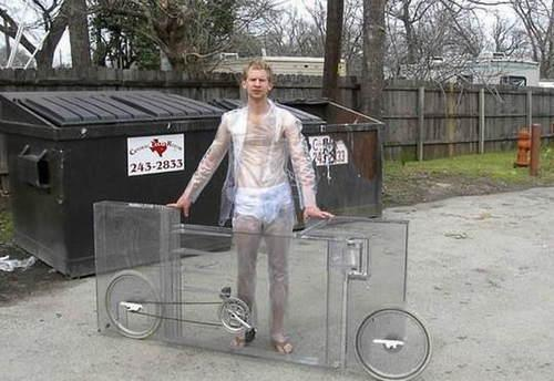 牛人阿三發明透明自行車 遠看像一坨肉在飆 - ITW01
