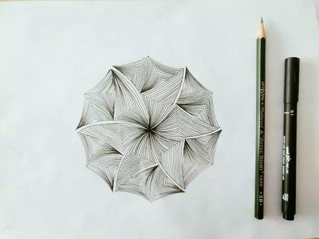 幾何之美|簡單的禪繞畫教程 - ITW01