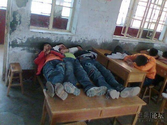 Village school (4 pics)