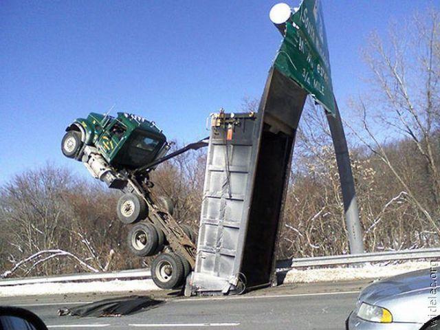 weird car crashes part