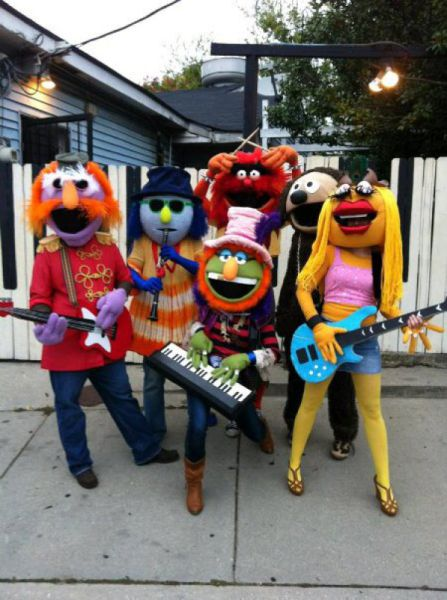 Awesome Group Costumes From 2011 26 Pics