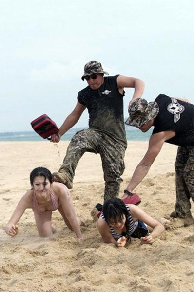 chinese_female_bodyguard_training_640_03