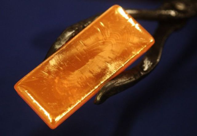 The Making of Real Gold Bars 11 pics  Izismilecom