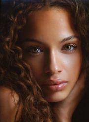 naturally beautiful girls 54 pics