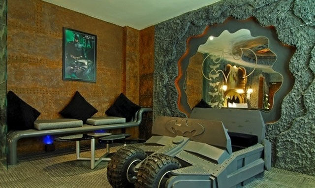 2 Geeky Bedrooms That Are Too Cool To Resist