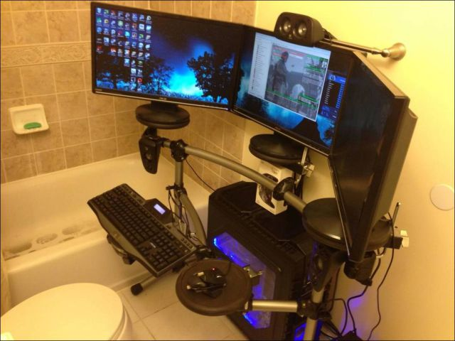 gaming chair with monitors green bay packers rooms that are beyond awesome (24 pics) - picture #18 izismile.com