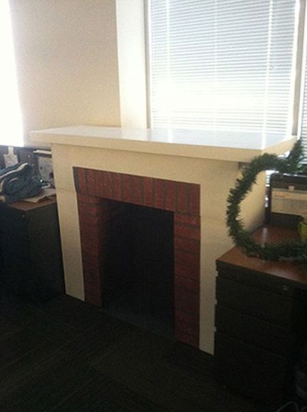 How to Make Your Own Fireplace for Christmas 13 pics  Izismilecom