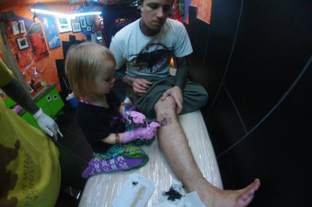 The Youngest Tattoo Artist in the World 17 pics
