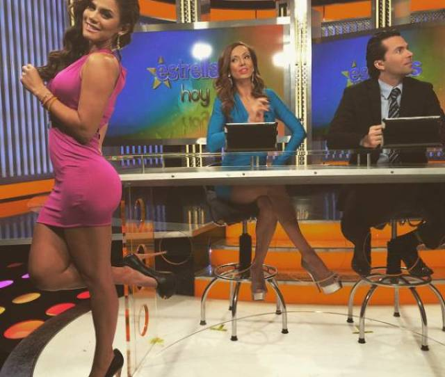 Andrea Rincon Is A Spanish Tv Host That Sizzles With Sex Appeal 25 Pics Picture 1