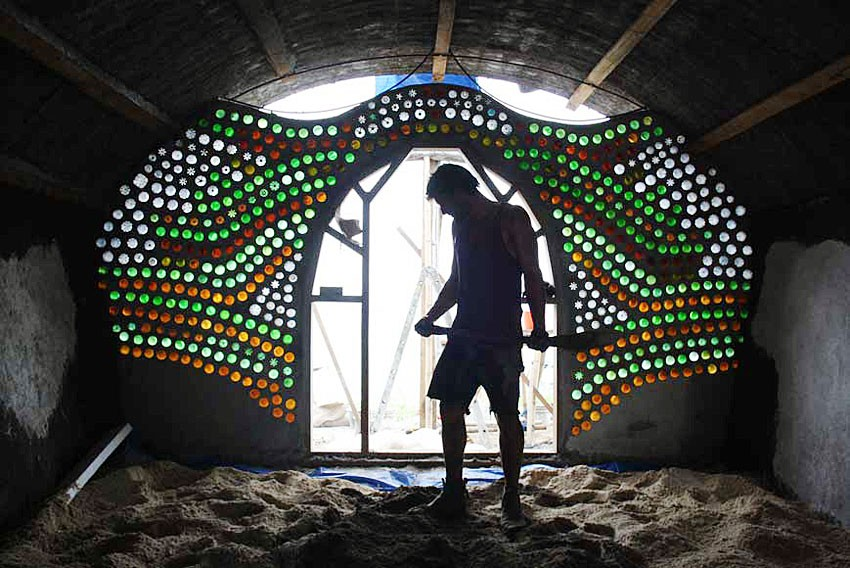 The birth of a new living organism: Indonesia's first Earthship