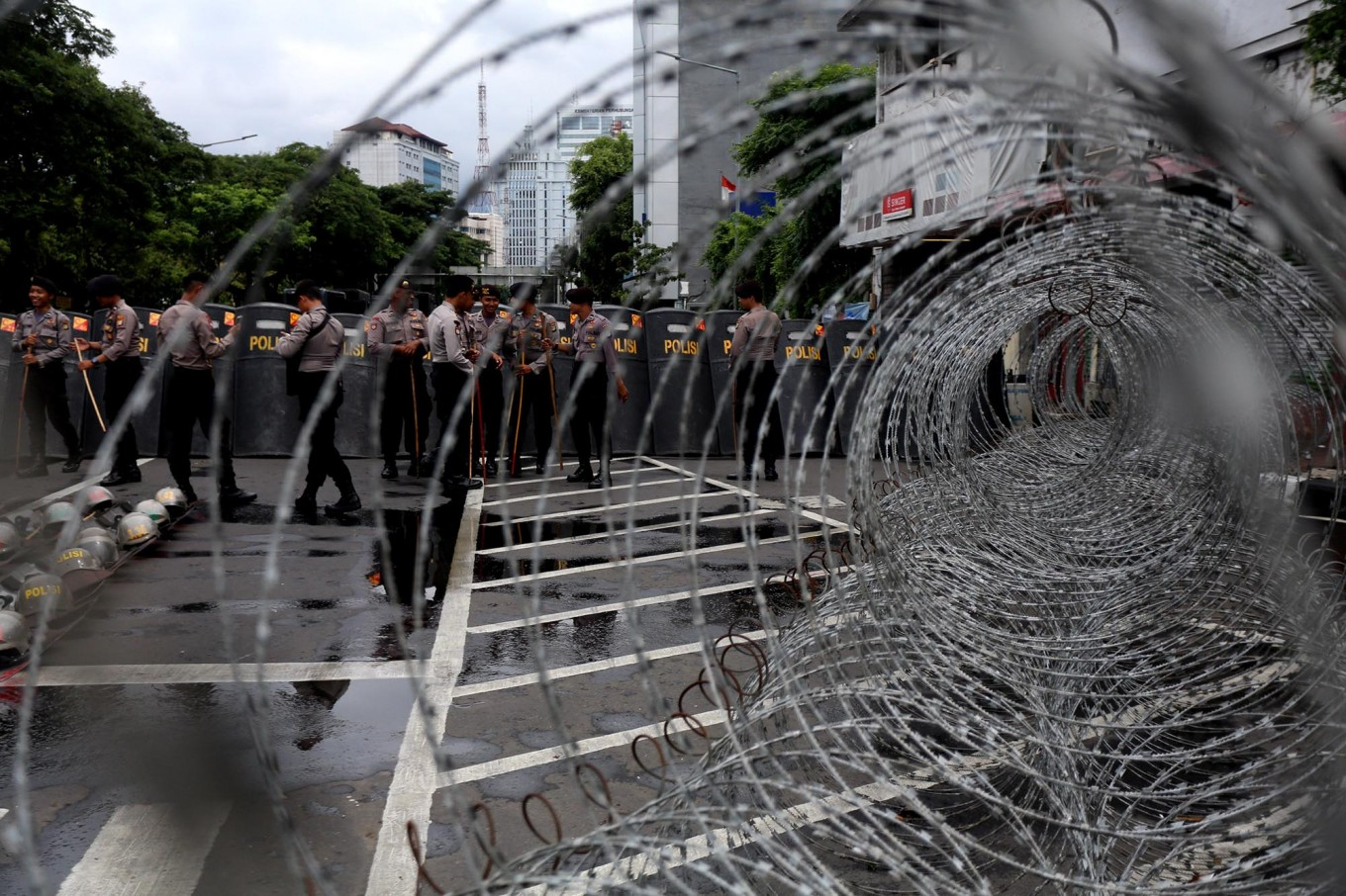 Traffic diverted in Central Jakarta for anti-Ahok rally