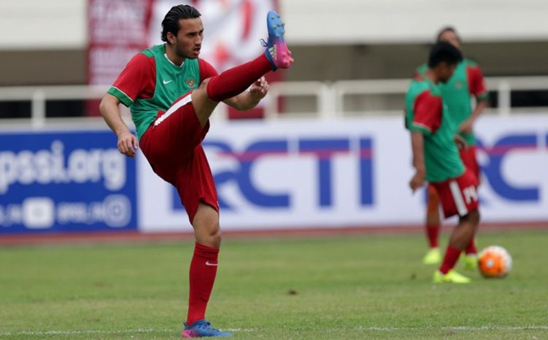 Soccer Player Ezra Walian Is Officially Indonesian