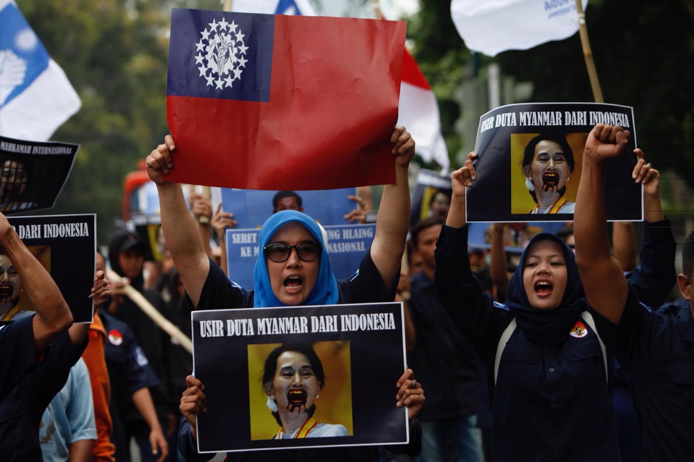 Indonesia urged to initiate conflict resolution for Rohingya