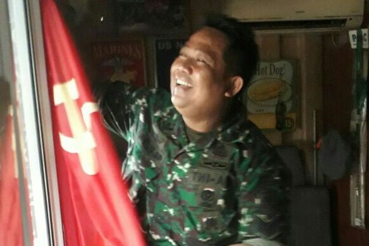 Military personnel raid cafe in South Jakarta suspected of harboring communist sympathies