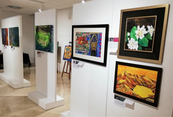 Speaking Color Exhibition Showcases Paintings