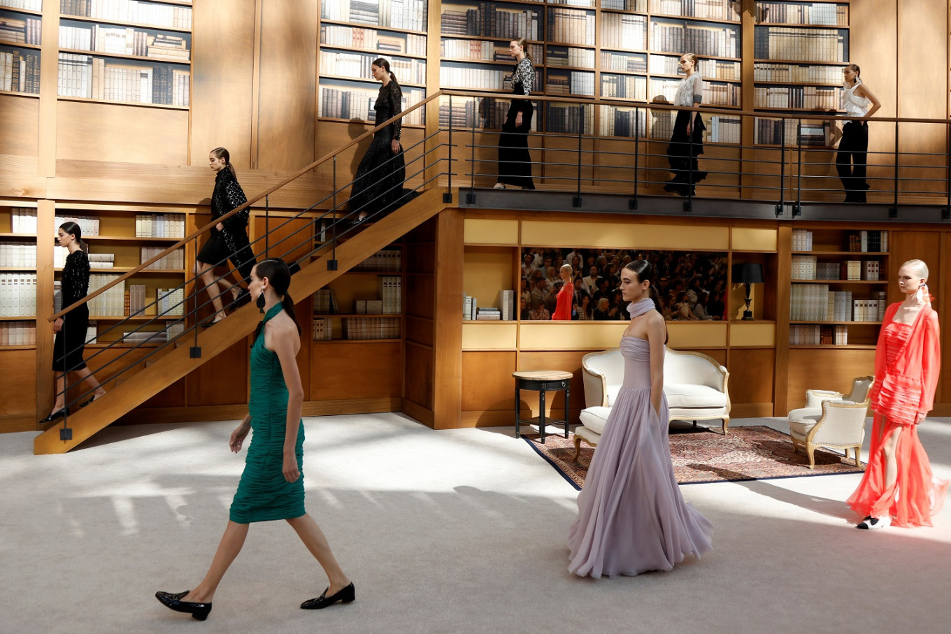 Lagerfeld successor brings demure librarians to Chanel catwalk - Lifestyle - The Jakarta Post